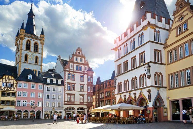 Installateure und Anbieter fuer Wallbox & Ladestationen in Trier und Umgebung
