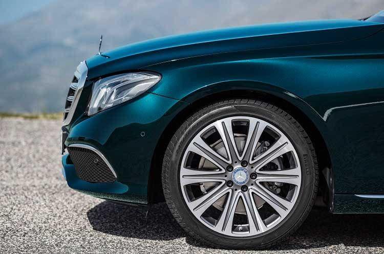 Der Mercedes-Benz E 350 e Plug-in Hybrid: Komfort hat seinen Preis, Reichweite wird ausgebremst