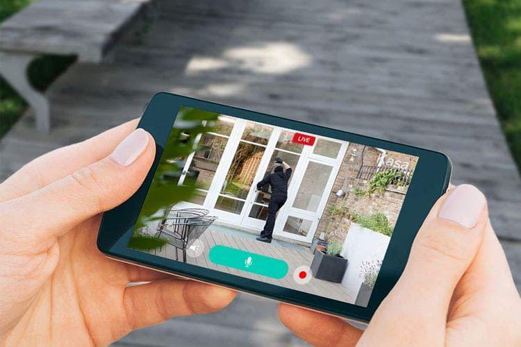 Per Kasa App lässt sich jederzeit live mitverfolgen, was zuhause vor sich geht