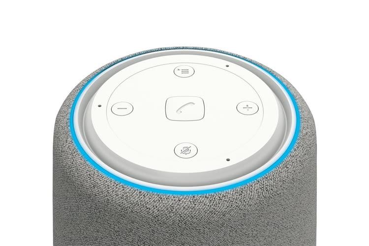 Über die Tasten auf der Oberseite des L800HX Smart Speakers lässt er sich bei Bedarf muten