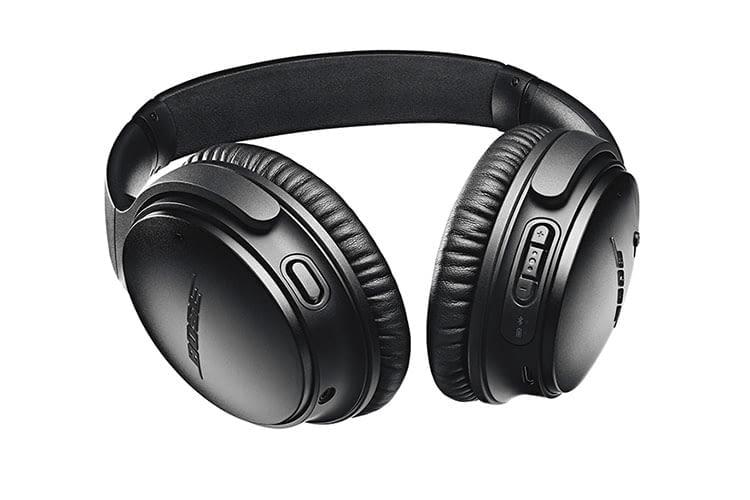 BOSE QuietComfort 35 wirless headphone II  arbeitet mit Sprachassistentin Alexa oder Google Assistant zusammen