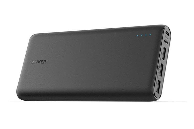 Anker PowerCore 26800 mAh verfügt über zwei Micro-USB-Ports zum schnellen Laden der Powerbank