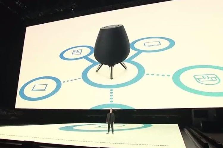 Samsungs Smart Home-Lautsprecher Galaxy Home steht auf drei Beinen und ist eiförmig