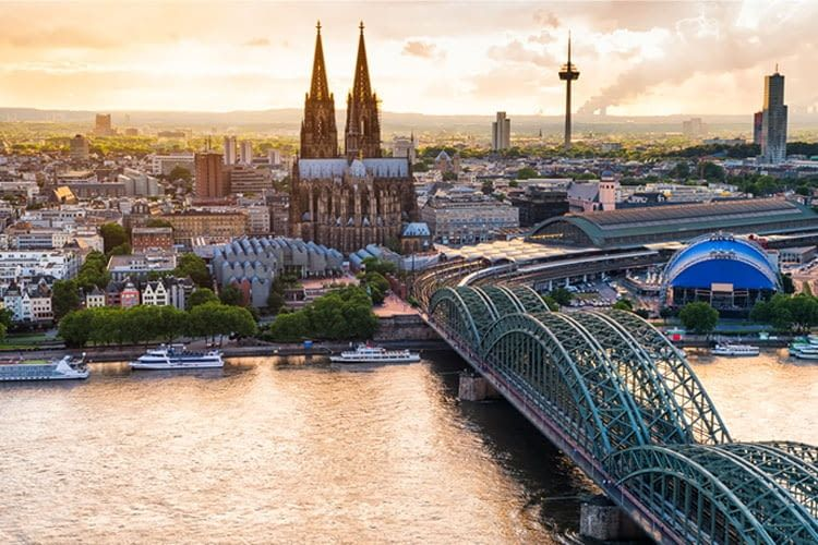 Installateure und Anbieter von Wallbox & Ladestationen in Köln und Umgebung finden