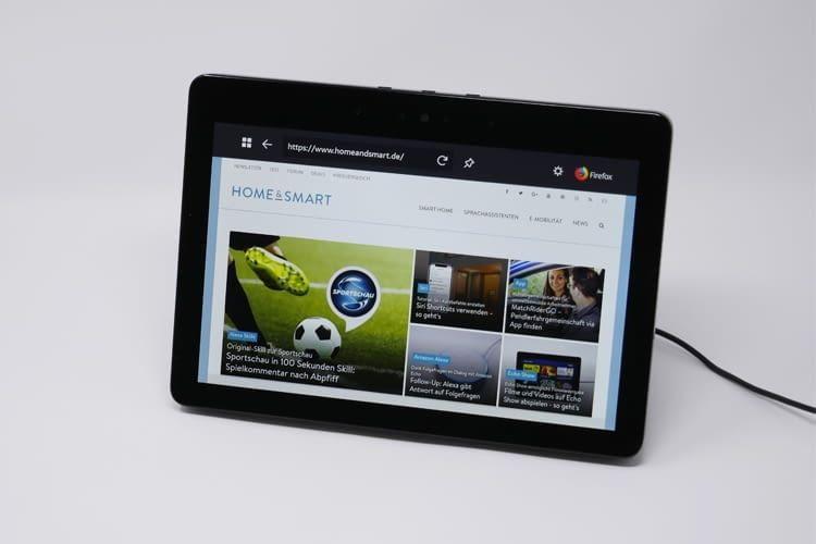 Mit einem Echo Show 2 können sogar Websiten, Überwachungskamerabilder oder Filme über Alexa abgerufen werden