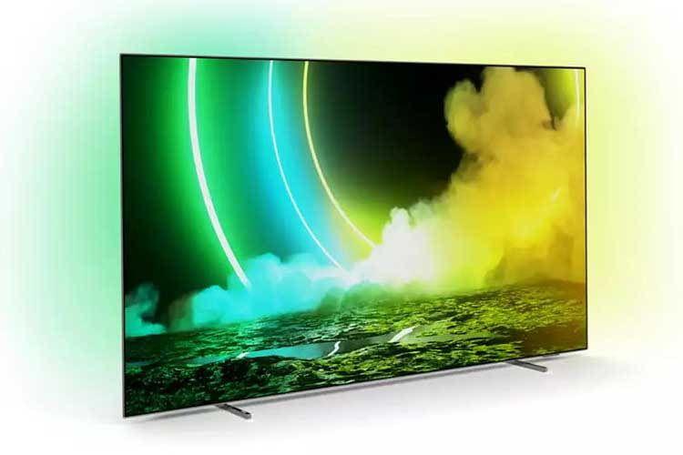 Der Philips Ambilight 55OLED 705/12 Smart TV überträgt die Bildschirmfarben des Displays synchron an die Wand