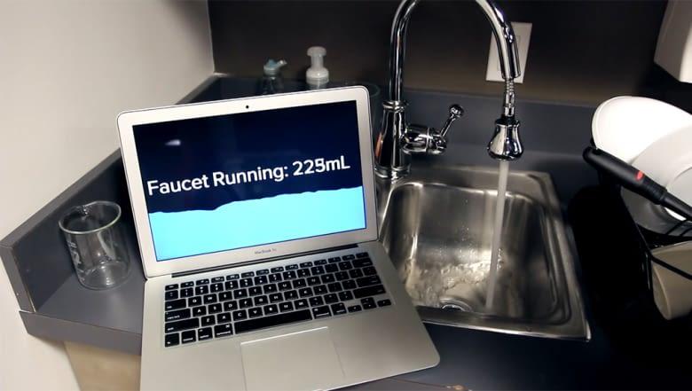Der Supersensor kann die verbrauchte Wassermenge berechnen
