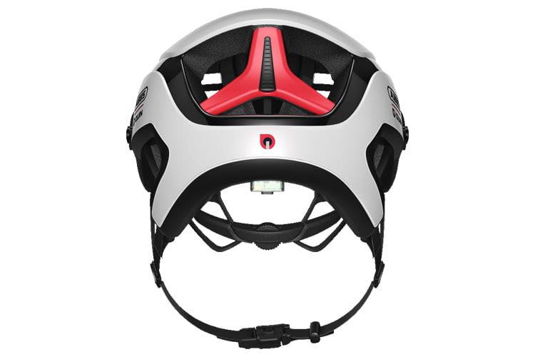 Die ABUS Fahrradhelm mit QUIN Technologie besitzen einen integrierten Beschleunigungssensor, der Stürze erkennt