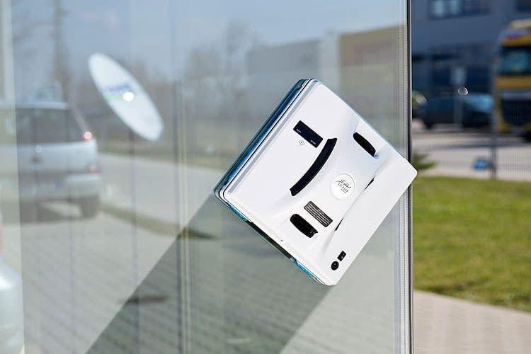 Nutzer können einstellen, ob der Fensterputzroboter Hobot 268 bevorzugt von oben nach unten oder links nach rechts putzen soll