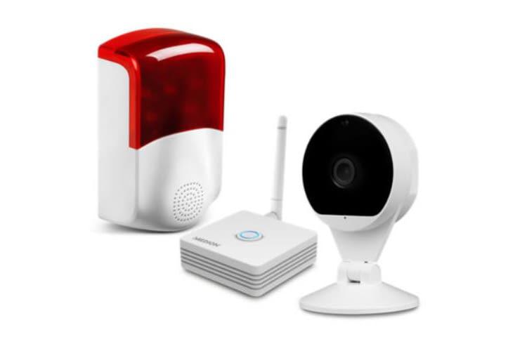 MEDION Smart Home Zentrale, Überwachungskamera und Außensirene gibt es zum Sparpreis von knapp 150 Euro