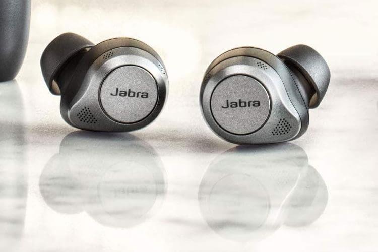 6 Mikrofone pro Jabra Elite 85t In Ear Kopfhörer sorgen für eine gute Anrufqualität und ein souveränes ANC