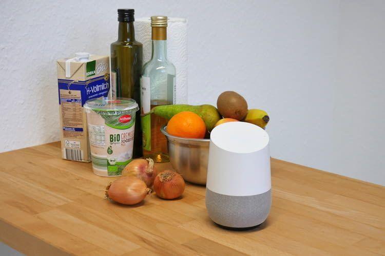 Amerikaner können mit Google Home immerhin schon einkaufen, Deutsche noch nicht