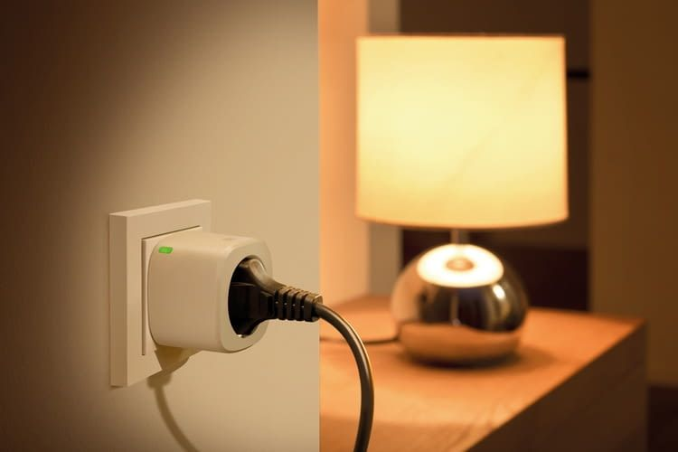 Intelligente Steckdosen können auch zur Anwesenheitssimulation genutzt werden