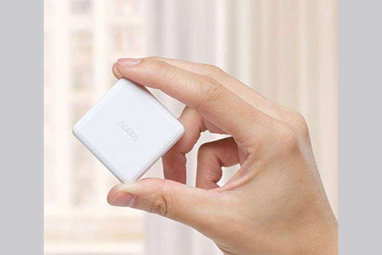 Der Cube lässt sich drücken, schütteln, klopfen, drehen, 90 Grad oder 180 Grad umdrehen