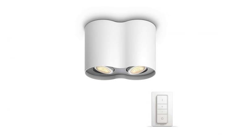 Diese zeitlose Lampe ist als Einzel- oder Doppelspot erhältlich.