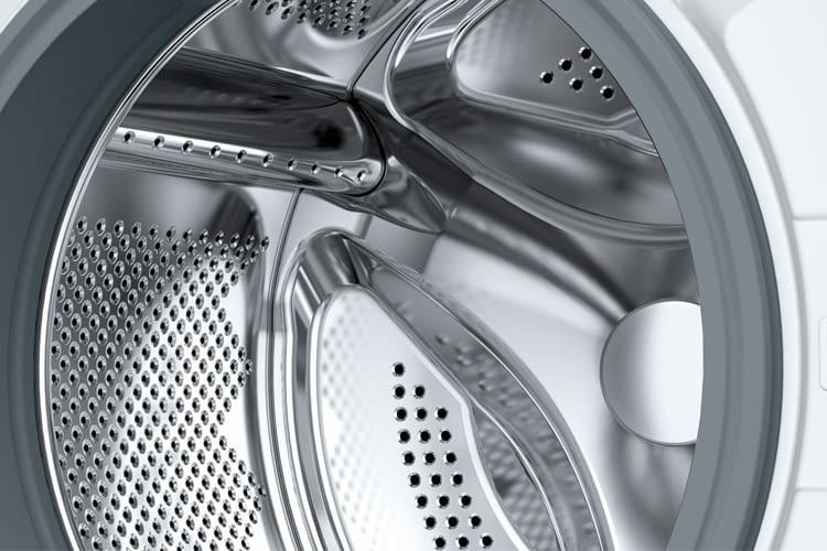 Die Waschtrommel fasst Wäsche eines ein- oder zwei Personenhaushalts