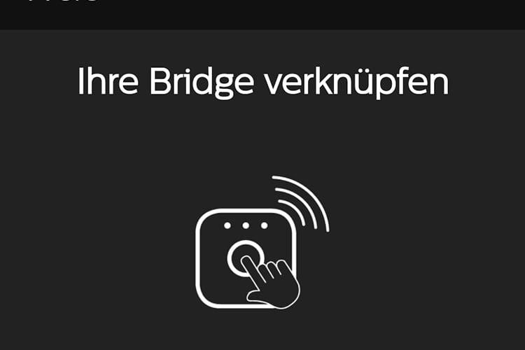 Der Hue-AlexaSkill fordert zum Drücken der Taste auf der Philips Hue Bridge auf