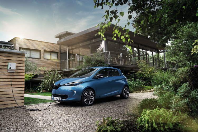 Die Wallbox Installation zu Hause macht das besonders schnelle Aufladen des Renault ZOE möglich