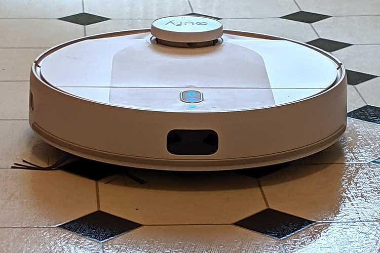 Kurz vor Weihnachten kann beim eufy RoboVac L70 Hybrid kräftig gespart werden