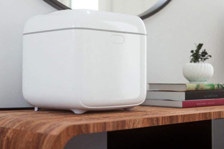 Die Sicherheits-Sensoren der Philips UV-C-Desinfektionsbox sorgen dafür, dass sich das Gerät abschaltet, sobald es geöffnet wird