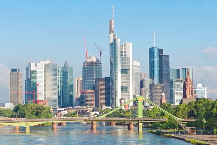 Installateure und Anbieter von Wallbox & Ladestationen in Frankfurt am Main und Umgebung finden