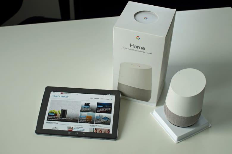 Der Google Home arbeitet mit dem Google Assistant