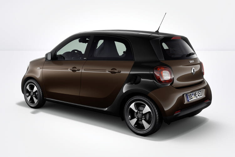Der smart forfour EQ in der Perfect Austattungslinie.