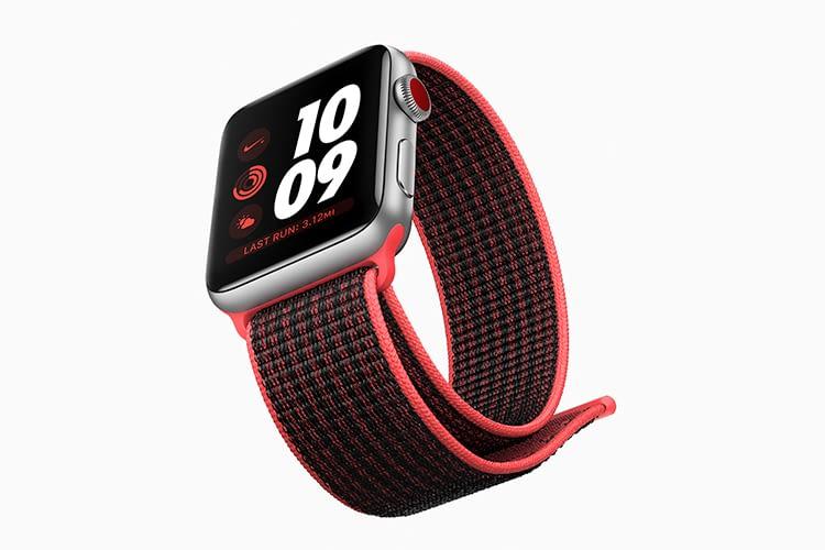 Je nach Armband passt der rote Punkt auf der Krone zum Design