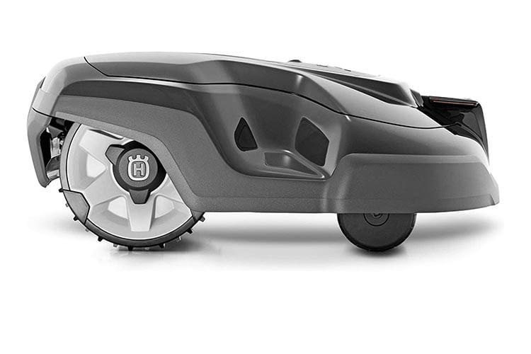 HUSQVARNA AUTOMOWER 310 - nimmt auch steile Steigungen mit bis zu 40 Prozent