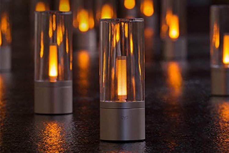 Die Yeelight Candela Smart Mood Leuchte eignet sich auch als als edle Tischdeko