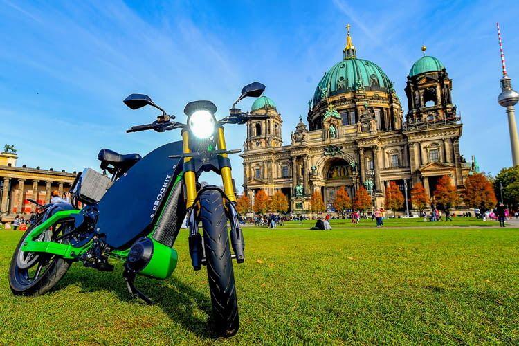 Das eROCKIT Elektromotorrad hat eine Reichweite von über 120 Kilometern