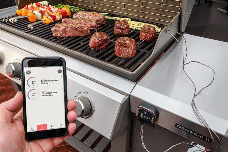 Smarter Grill? Kein Problem: mit iGrill3 lassen sich die Genesis II-Modelle mit dem Smartphone verknüpfen