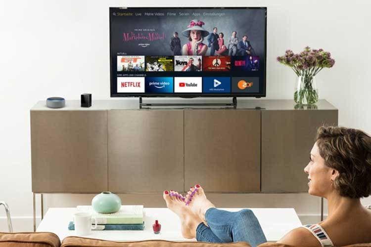 Zehennägel lackieren und per Sprachbefehl durch das Prgramm zappen: Mit Amazon Echo, Fire TV und Fire TV Blaster kein Problem