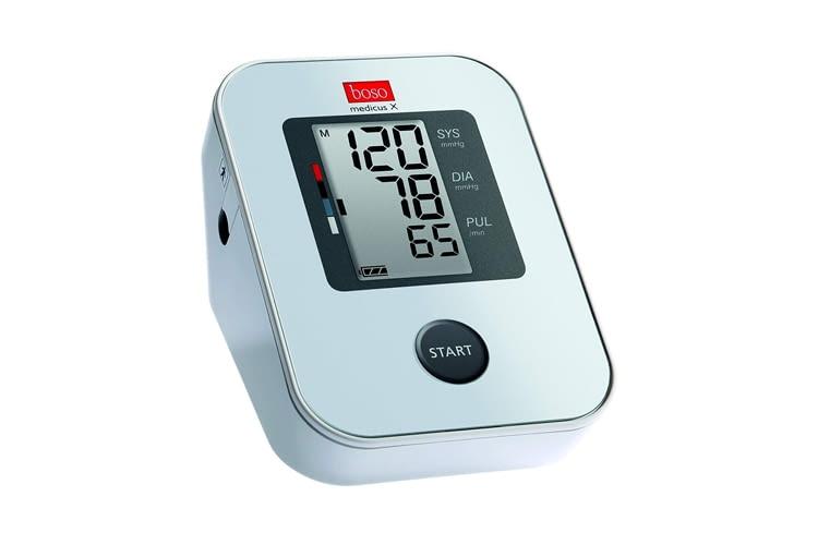 Das boso medicus X Oberarm-Blutdruckmessgerät verfügt über Einknopfbedienung