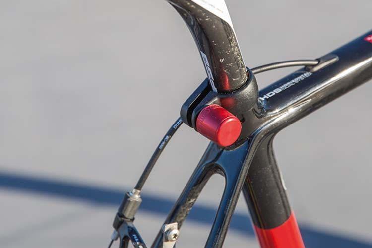 Mit ABUS NutFix lassen sich Fahrradkomponenten wie Rad oder Sattelstützte gegen Diebstahl sichern