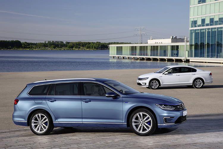 Die Höchstgeschwindigkeit des Elektroauto VW Passat GTE beträgt im E-Modus 130 km/h