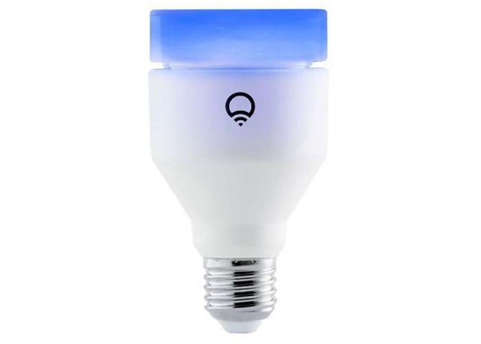 LIFX A60 LED Leuchte ist größer und heller als die Mini Variante der LIFX WLAN Bulbs