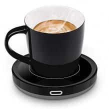 Tassenwärmer mit Tasse. Erwärmt auf 55°C und verfügt über einen automatischen Einschaltsensor.
