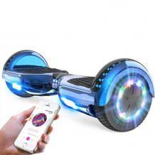 Hoverboard mit leistungsstarkem Motor, Lichtern und Bluetooth-Lautsprecher.