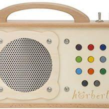 Kindgerechter MP3-Player aus Holz. Spielfertig vorbespielt mit 140 Minuten Musik und Hörspielen.