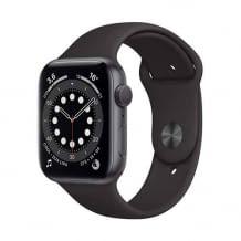 Apple Watch mit integriertem GPS, Messung des Sauerstoffgehalts im Blut, EKG App und Aktivitätstracking.