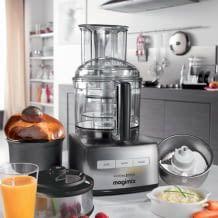 1.100 Watt Leistung, Gerhäuse aus Sabatier-Edelstahl und BPA freiem Polykarbonat, inkl. Drei-Schüsselsystem