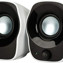 Kompakter Stereolautsprecher mit USB-Anschluss und 3,5mm Audioeingang.
