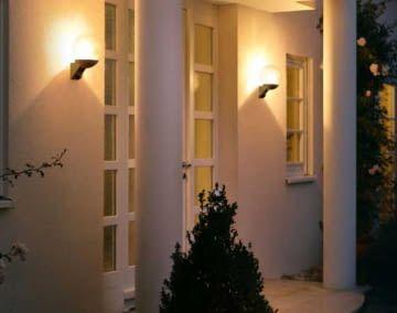 Dank Lampen mit Bewegungssensoren sind Wege auch bei Dunkelheit sicher ausgeleuchtet