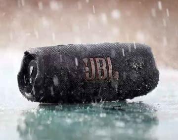 Der JBL Bluetooth-Lautsprecher Charge 5 ist die Empfehlung der Redaktion