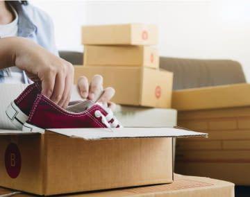 Mithilfe der neusten Technologie misst die App die Schuhgröße aus
