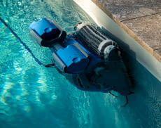 Wir helfen dabei den richtigen Poolroboter zur perfekten Wand- und Bodenreinigung zu finden