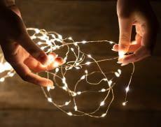 Smarte Lichterketten bieten besonders viel Komfort und sparen Energie
