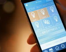 Lichter per Smartphone steuern erhöht den Wohnkomfort