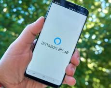 """Mit der Alexa Hands-free funktion ist Amazons Sprachassistentin auch auf dem Handy """"always on"""""""